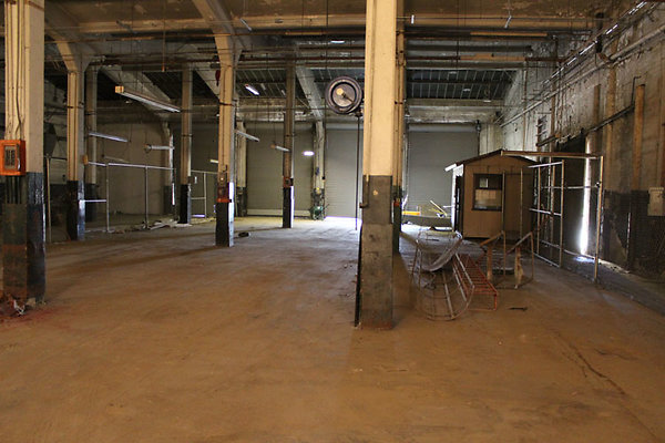 Warehouse-Interior-28