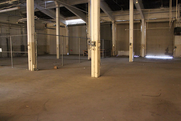 Warehouse-Interior-23