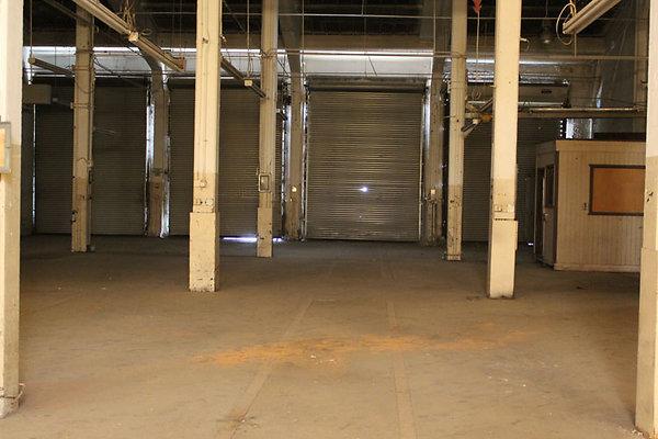 Warehouse-Interior-16
