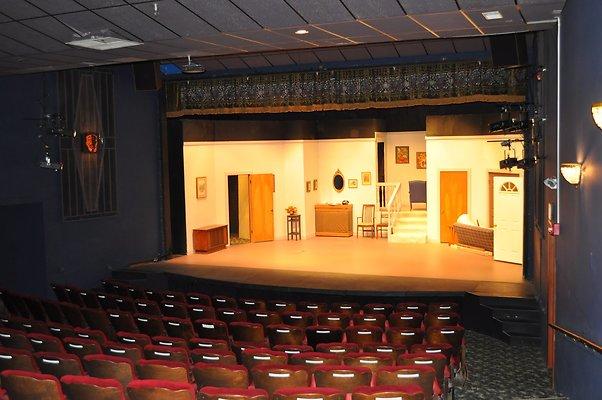 Comm Theater
