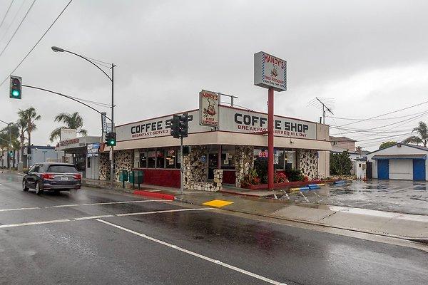 Mandy's Family Restaurant (Hawthorne)