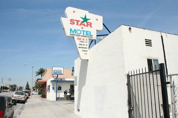 Chitlin Motel # 2 - Star Motel