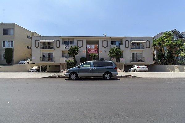 1145 Elden Ave. (Pico Union)