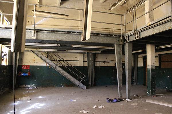 Warehouse-Interior-30