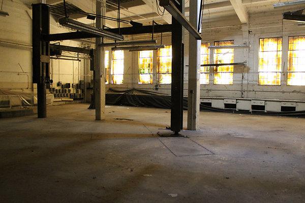 Warehouse-Interior-54