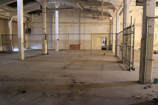 Warehouse-Interior-21
