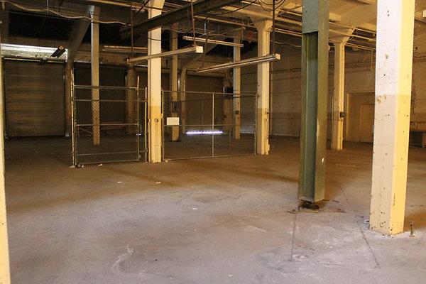 Warehouse-Interior-17